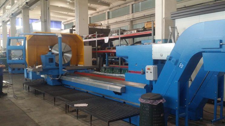 2 Guideway CNC Lathe machine photo